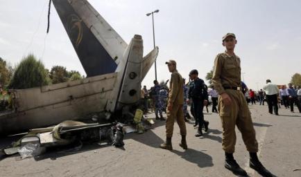 تحطم طائرة ايرانية في طهران